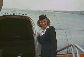 320px-Stewardess,_circa_1949-50,_American_Overseas,_Flaghip_Denmark,_Boeing_377_Stratocruiser
