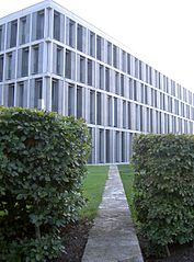 Hier wird über Arbeit und Recht entschieden: BAG in Erfurt. Bild: Christoph Hoffmann | Lizenz: C.C 2.0