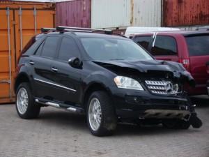Damaged_Mercedes-Benz_SUV