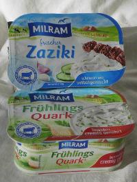 Milram-Quark im Zwielicht. Werden die Plastikbecher mit schmutzigen Methoden produziert?
