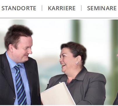 Die Schreiner Partner Tore Raulfs und Britta Heilfs scheinen sich prächtig zu amüsieren. (Bild: Screenshot, www.rae-schreiner.de vom 11.2.2105, Ausschnitt.)