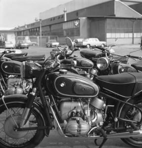 Motorräder vor BMW-Werk München, 1968 (Quelle für alle Fotos: wikicommons)