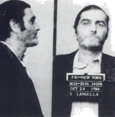 So sieht Helmut Naujoks die IG Metall: Der New Yorker Mafioso und Gewerkschafts-Gauner Gennaro Langella nach seiner Verhaftung 1984. Er war in die korrupte Unterwanderung, Erpressung und Bestechung von lokalen Gewerkschaften verwickelt (Racketeering) und wurde zu lebenslanger Haft verurteilt.