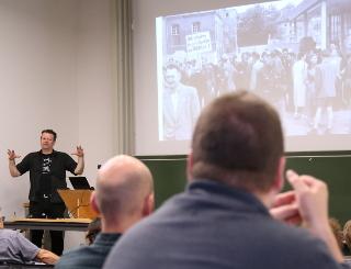elmar-wigand_aktion-gegen-arbeitsunrecht_streik-und-streikbruch_steikkonferenz-frankfurt-RLS_30-sept-2016