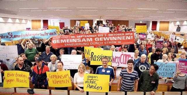 3.Streikkonferenz in Frankfurt Gruppenbild Gemeinsam gewinnen!