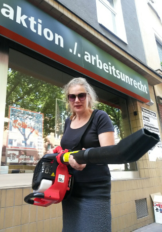 Bust the Union Busters! Jessica Reisner mit dem Grizzly 3030