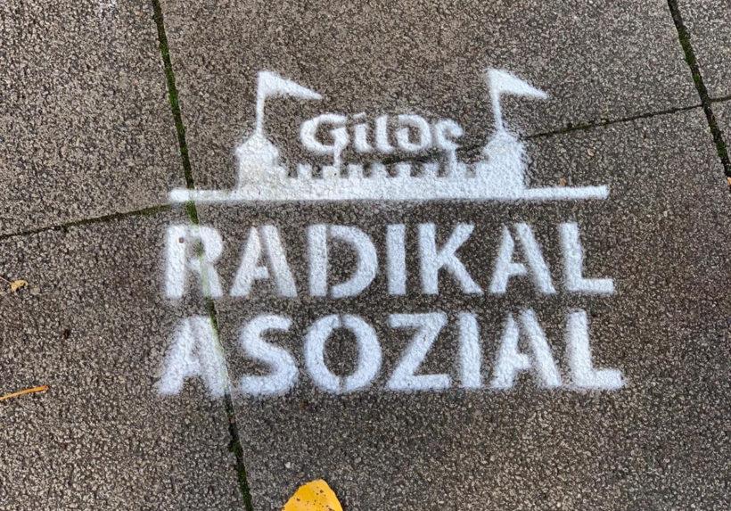 Foto: Sprühkreide Stencil: Gilde Radikal Asozial