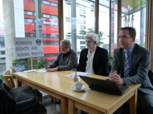 Düsseldorf Pressekonferenz mit Werner Rügemer, Elmar Wigand und Stefan Chatziparaskewas