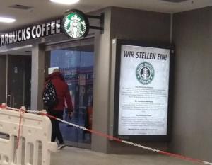 #Freitag13 #Starbucks Adbusting1