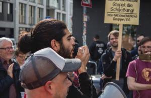 TV STud 190517_Wombats_Protest_Berlin