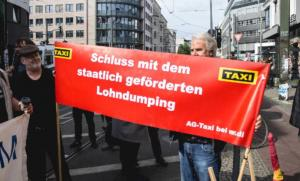 AG Taxi 190517_Wombats_Protest_Berlin